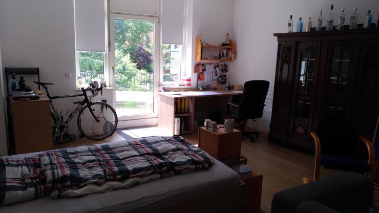 freie studenten wg zimmer zimmer hannover kleefeld. Black Bedroom Furniture Sets. Home Design Ideas