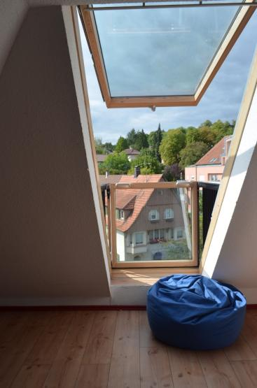 2 wg zimmer in toller maisonette wohnung wg zimmer in. Black Bedroom Furniture Sets. Home Design Ideas