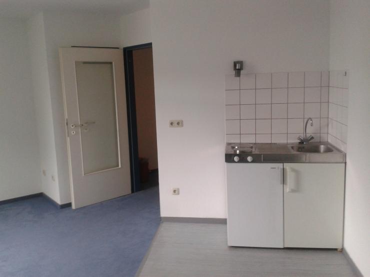1 zimmer appartement in bester uni lage 1 zimmer wohnung in bielefeld hoberge uerentrup. Black Bedroom Furniture Sets. Home Design Ideas