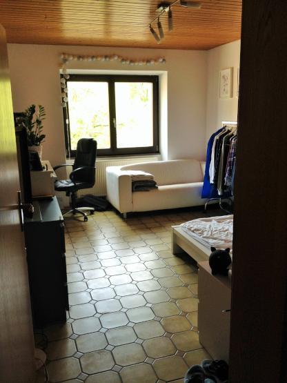 2 zimmer wohnung k che bad wg tauglich wohnung in mainz hartenberg m nchfeld. Black Bedroom Furniture Sets. Home Design Ideas