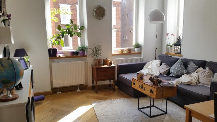 Wohnzimmer Mit Offener Kche Und Esstisch Casa Alma Wohnung B