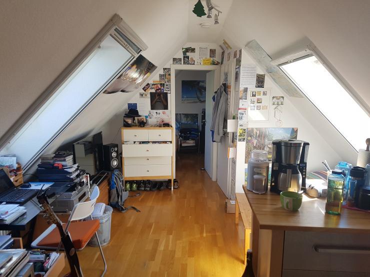 helle 2 zimmer dachgeschosswohnung loft im herzen handschuhsheims ruhig gelegen wohnung in. Black Bedroom Furniture Sets. Home Design Ideas