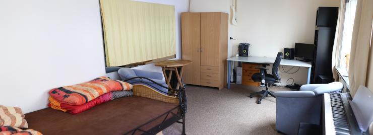 1 zimmer wohnung im herzen bremens wohnung in bremen altstadt. Black Bedroom Furniture Sets. Home Design Ideas