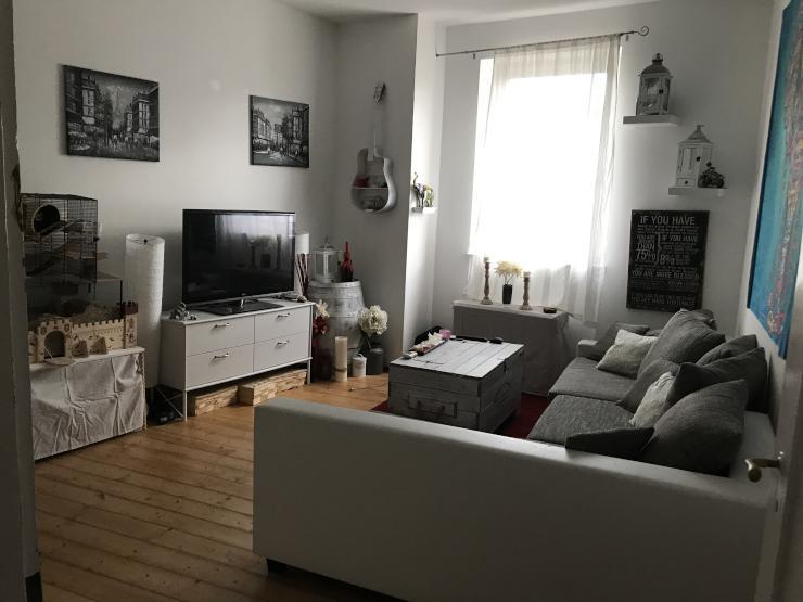 2 zimmer wohnung in saniertem altbau zur zwischenmiete in innenstadtlage wohnung in trier. Black Bedroom Furniture Sets. Home Design Ideas