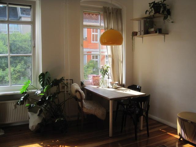 sonnige 1 zimmerwohnung in neuk lln 1 zimmer wohnung in berlin neuk lln. Black Bedroom Furniture Sets. Home Design Ideas