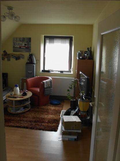 2 zimmer wohnung nahe der uni und bahnhof mit k che wohnung in kaiserslautern innenstadt. Black Bedroom Furniture Sets. Home Design Ideas