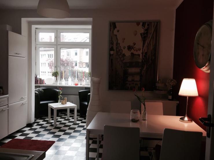 zwischenmiete f r ein sch nes zimmer in 3er wg zimmer m bliert d sseldorf derendorf. Black Bedroom Furniture Sets. Home Design Ideas