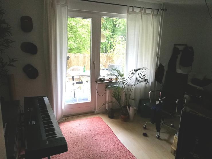 m bliertes zimmer im herzen von reeperbahn schanze und altona wg zimmer in hamburg altona. Black Bedroom Furniture Sets. Home Design Ideas