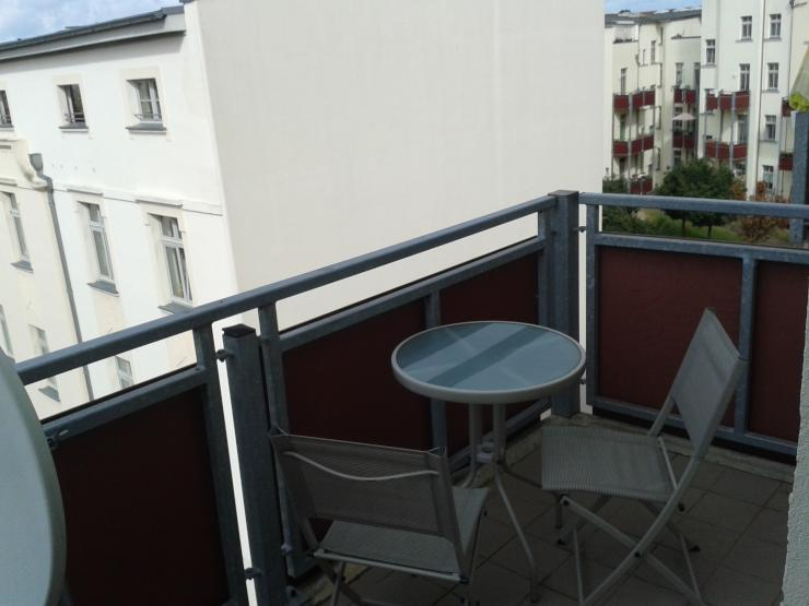 helle 2 zimmer wohnung im zentrum magdeburgs wohnung in magdeburg buckau. Black Bedroom Furniture Sets. Home Design Ideas