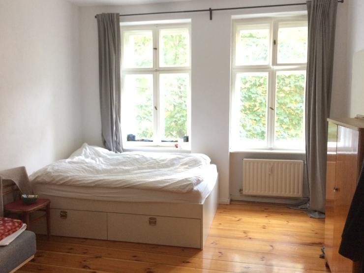 helle zentrale 1 zimmer altbauwhg verl ngerung m glich 1 zimmer wohnung in berlin neuk lln. Black Bedroom Furniture Sets. Home Design Ideas