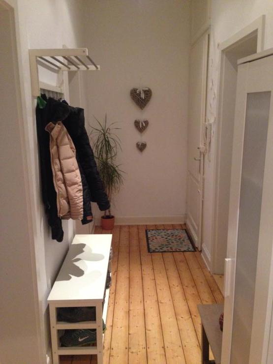 10 qm zimmer in toller wg wird zum frei zimmer m bliert wiesbaden wiesbaden. Black Bedroom Furniture Sets. Home Design Ideas