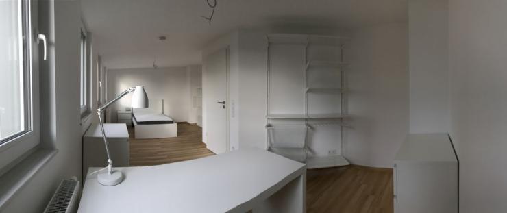 m bliert helles zimmer zu vermieten westlage erstbezug nach kernsanierung neues bad 1. Black Bedroom Furniture Sets. Home Design Ideas