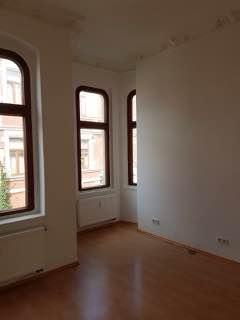 3 zimmer wohnung frisch renoviert wohnung in bernburg saale. Black Bedroom Furniture Sets. Home Design Ideas