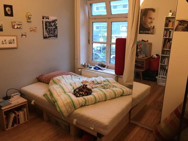 m bliertes zimmer in hh altona zur zwischenmiete wg zimmer in hamburg altona altstadt. Black Bedroom Furniture Sets. Home Design Ideas