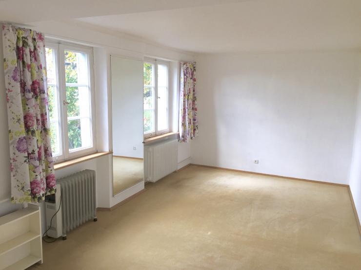 apartment in alter villa mit gro em garten in unin he 1 zimmer wohnung in konstanz k nigsbau. Black Bedroom Furniture Sets. Home Design Ideas