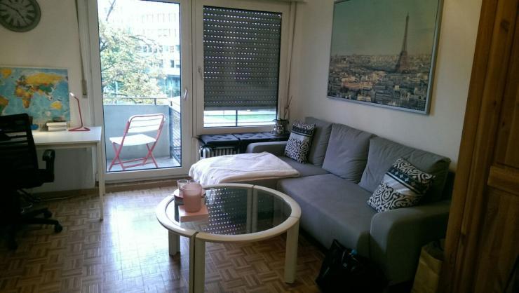 helle 1 zimmer wohnung in mannheimer innenstadt 1 zimmer wohnung in mannheim quadrate. Black Bedroom Furniture Sets. Home Design Ideas