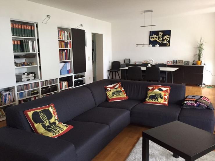 gro e 3 zimmerwohnung voll m bliert mit zwei balkonen und ofen zur zwischenmiete wohnung in. Black Bedroom Furniture Sets. Home Design Ideas
