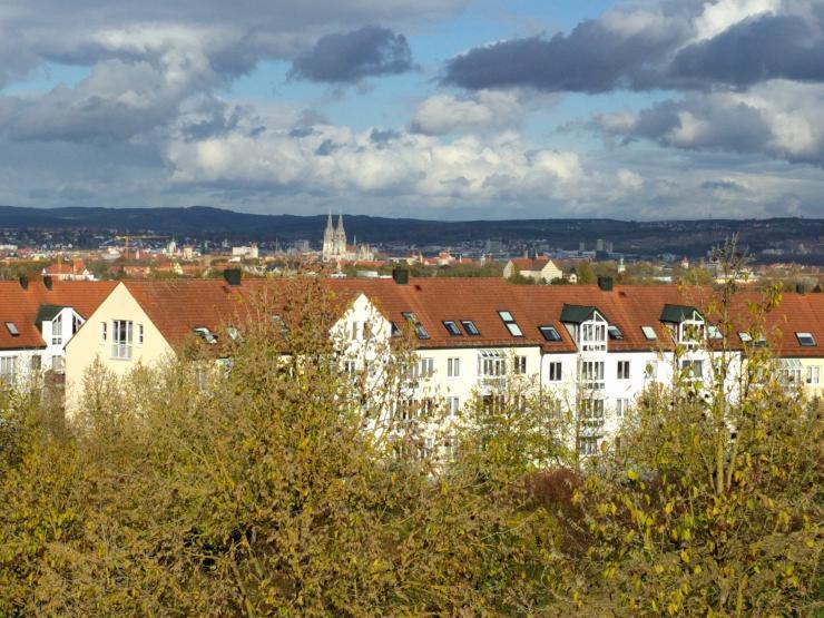 sch ne und helle 2 zimmer wohnung in regensburg wohnung in regensburg regensburg. Black Bedroom Furniture Sets. Home Design Ideas