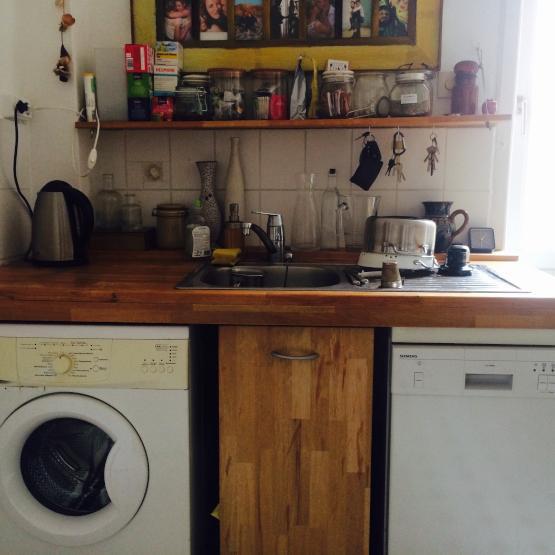 3 zimmer altbauwohnung in bornheim zwischenmiete wohnung in frankfurt am main bornheim. Black Bedroom Furniture Sets. Home Design Ideas