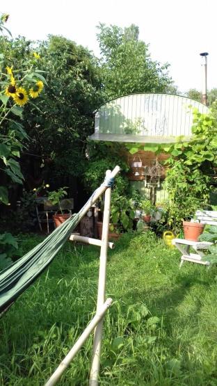 leben im bauwagen mitten in der natur darmstadts eine oase 1 zimmer wohnung in darmstadt. Black Bedroom Furniture Sets. Home Design Ideas