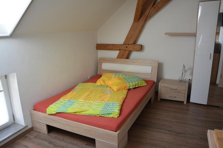 neues geschmackvoll m bliertes appartement in ruhiger lage 1 zimmer wohnung in dachau. Black Bedroom Furniture Sets. Home Design Ideas