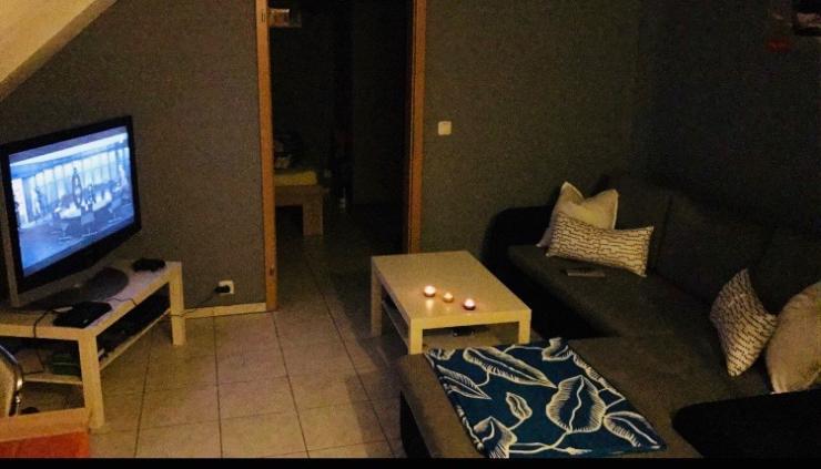 gem tliche 39qm dachgeschosswohnung 1 zimmer wohnung in mannheim quadrate. Black Bedroom Furniture Sets. Home Design Ideas