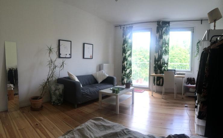 short term 1 bedroom apartment in neuk lln 1 zimmer wohnung in berlin neuk lln. Black Bedroom Furniture Sets. Home Design Ideas