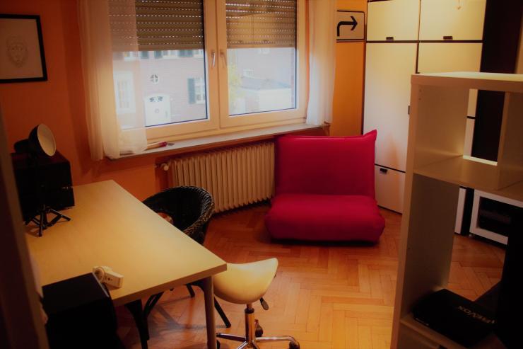 m beliertes 16 qm zimmer in einer sch nen 50 qm und einem. Black Bedroom Furniture Sets. Home Design Ideas
