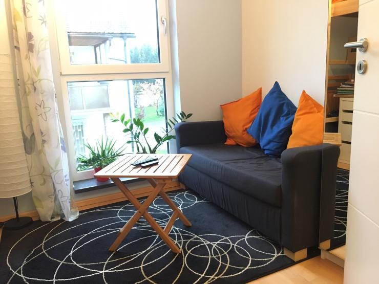 zwischenmiete raumwunder in wg haus wg zimmer m nchen moosach. Black Bedroom Furniture Sets. Home Design Ideas