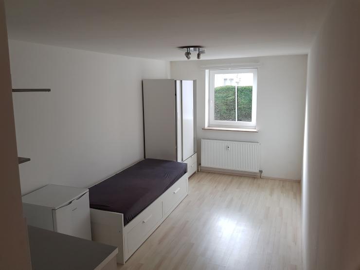 g nstige 1 zimmer wohnung in ruhiger wohnlage 1 zimmer wohnung in erlangen erlangen zentrum. Black Bedroom Furniture Sets. Home Design Ideas