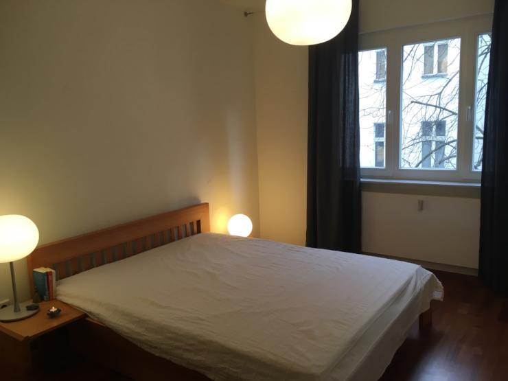 suche mitbewohnerin f r sch nes wg zimmer in zentraler moderner wohnung wg berlin moabit. Black Bedroom Furniture Sets. Home Design Ideas