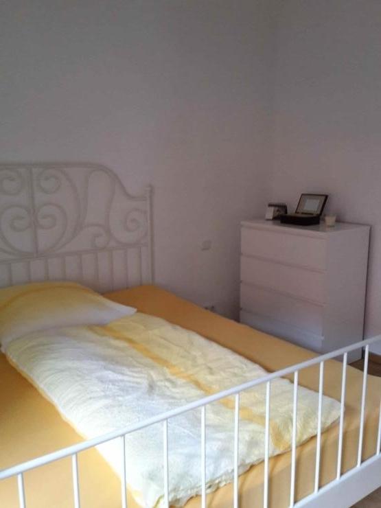 zimmer in der innenstadt wg zimmer in regensburg innenstadt. Black Bedroom Furniture Sets. Home Design Ideas