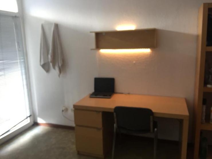 untermieter f r mein 19qm studentenapartment n he stadtpark 250 warm ohne strom nur f r. Black Bedroom Furniture Sets. Home Design Ideas