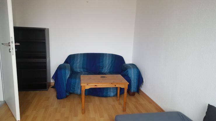 ideales zimmer f r kurze zeit n he uni und zentrum 1 2. Black Bedroom Furniture Sets. Home Design Ideas