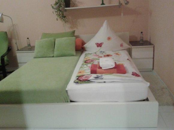 1 raum wohnung n he tu ab 1 monat mietzeit 1 zimmer wohnung in dresden kleinpestitz. Black Bedroom Furniture Sets. Home Design Ideas