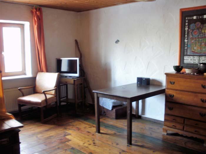zimmer in land wg wgs rosenheim. Black Bedroom Furniture Sets. Home Design Ideas