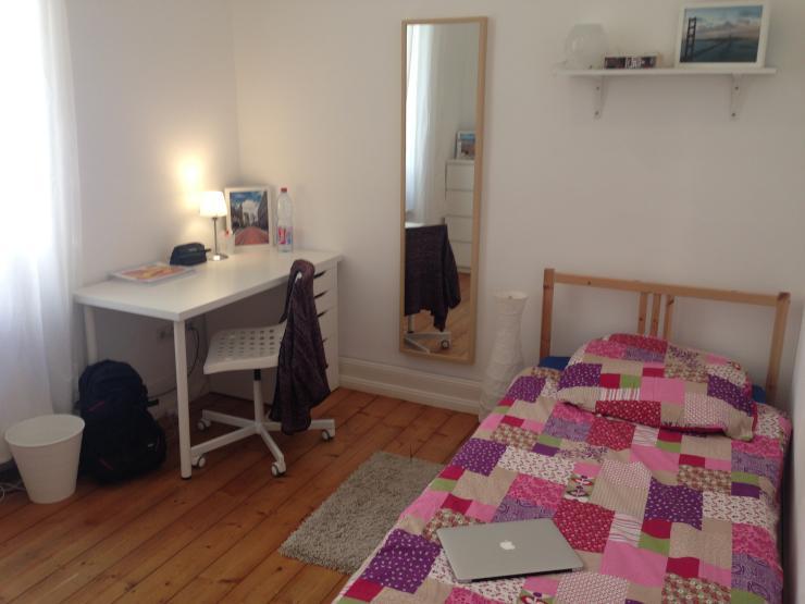 sch nes wg zimmer in poppelsdorf wg zimmer bonn poppelsdorf. Black Bedroom Furniture Sets. Home Design Ideas