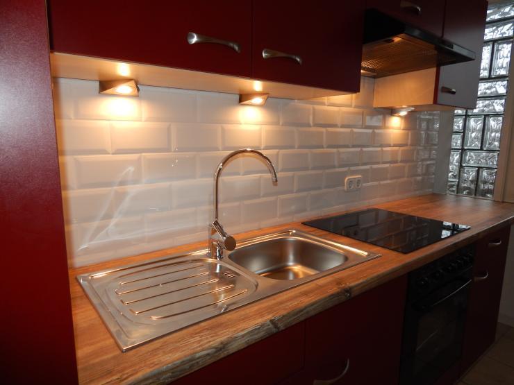 Renovierte Und Modernisierte 3 Zimmer Wohnung Mit Ebk Balkon