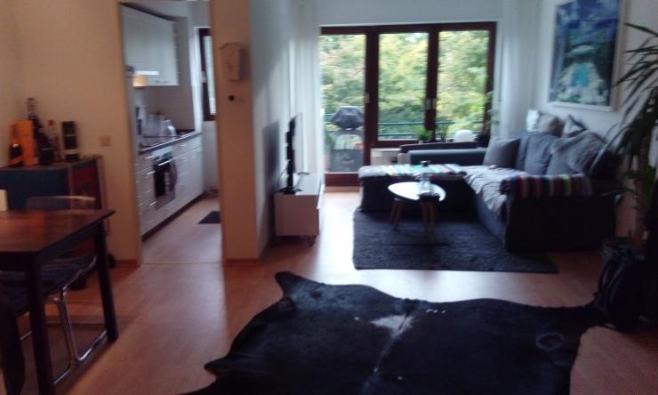 sch ne wohnung zur zwischenmiete ehrenfeld 2 zimmer. Black Bedroom Furniture Sets. Home Design Ideas