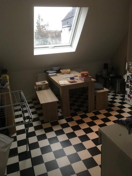 single wohnung g nstig am pnv gelegen das wiesental um die ecke wohnung in bochum. Black Bedroom Furniture Sets. Home Design Ideas