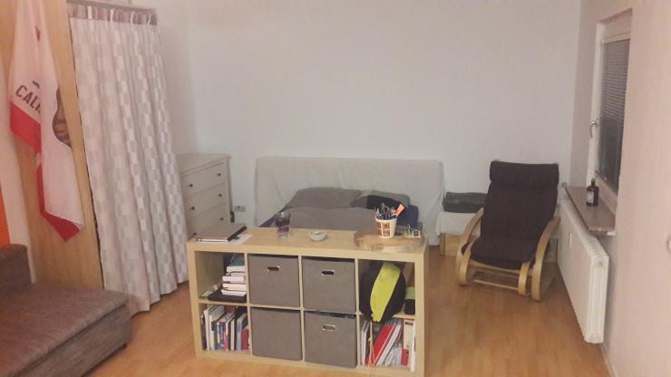 1 zimmer wohnung sehr zentral in stuttgart 580euro monat 1 zimmer wohnung in stuttgart mitte. Black Bedroom Furniture Sets. Home Design Ideas