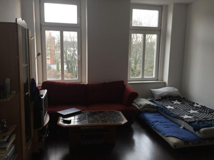 sch ne m blierte 1 zimmer wohnung f r ein person oder f r. Black Bedroom Furniture Sets. Home Design Ideas