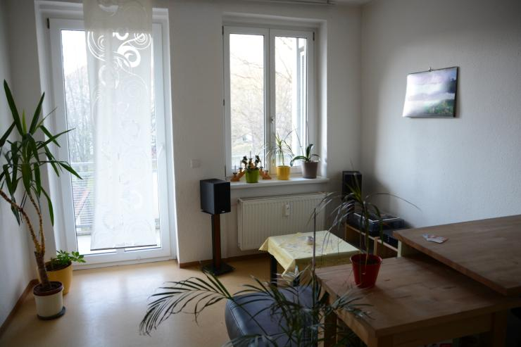 m blierte 1 5 zimmer wohnung mit balkon in der piranaischen vorstadt wohnung in dresden. Black Bedroom Furniture Sets. Home Design Ideas