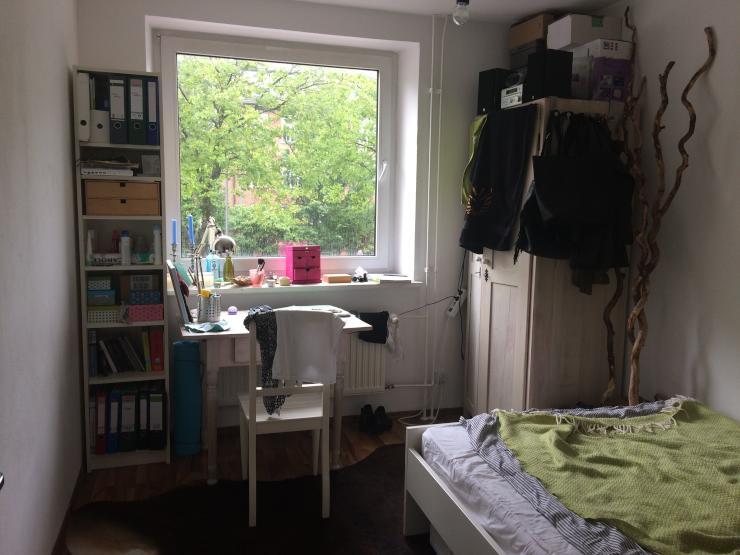 zwischenmiete bis ende juni oder ende juli zimmer m bliert hamburg borgfelde. Black Bedroom Furniture Sets. Home Design Ideas
