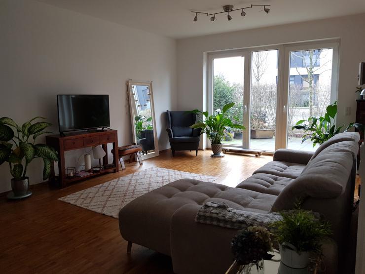 Exklusive Geräumige 15 Zimmer Eg Wohnung Mit Balkon Und Ebk