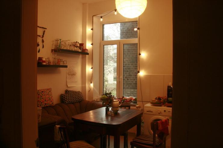 wg zuwachs f r sch ne altbauwohnung gesucht wohngemeinschaft in k ln m lheim. Black Bedroom Furniture Sets. Home Design Ideas