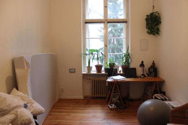 16qm zimmer in tempelhof ecke kreuzberg will bef llt werden wg suche berlin kreuzberg. Black Bedroom Furniture Sets. Home Design Ideas