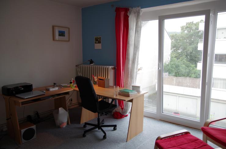sch nes m biliertes 20 m2 zimmer zur zwischenmiete in. Black Bedroom Furniture Sets. Home Design Ideas