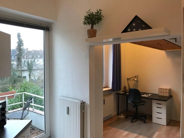 ruhige wohnung mit balkon in perfekter und zentraler lage 1 zimmer wohnung in osnabr ck w ste. Black Bedroom Furniture Sets. Home Design Ideas