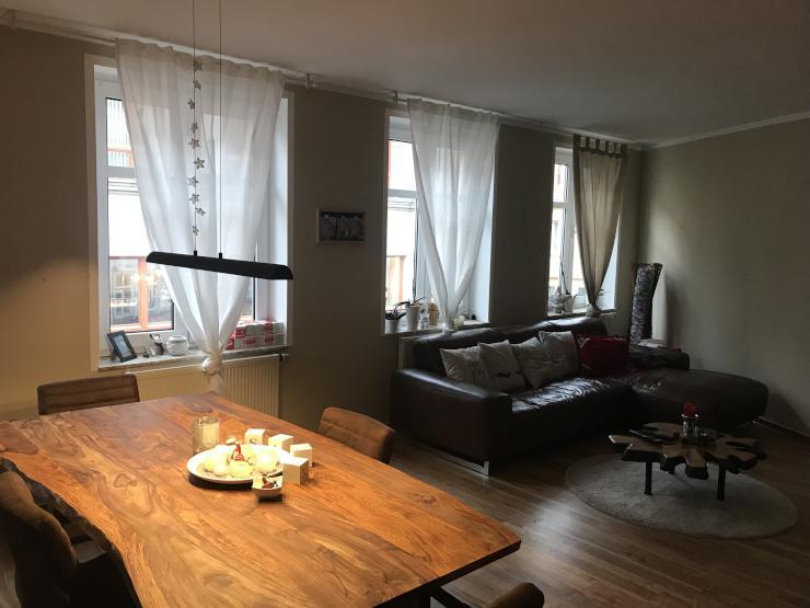 sch ne 2 zimmer wohnung direkt in der altstadt wohnung in erfurt erfurt altstadt. Black Bedroom Furniture Sets. Home Design Ideas